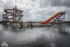 deadinside-urbex-dead-inside-natalia-sobanska-abandoned-abandoned-water-park-Japan-haikyo-Akita-1-of-1