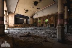 blue ballroom, abandoned ballroom, germany, opuszczona sala balowa, urbex, abandoned (7 of 11)
