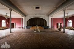 golden ballroom, abandoned ballroom, germany, opuszczona sala balowa, urbex, abandoned (2 of 5)