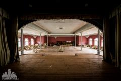 golden ballroom, abandoned ballroom, germany, opuszczona sala balowa, urbex, abandoned (3 of 5)
