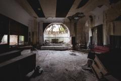 trashed  ballroom, urbex, abandoned ballroom, germany, opuszczona sala balowa, urbex, abandoned, opuszczone (1 of 3)