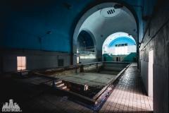 deadinside, urbex, dead inside, natalia sobanska, abandoned, abandoned swimming pool, synagouge, opuszczona synagoga, Poland (1 of 5)