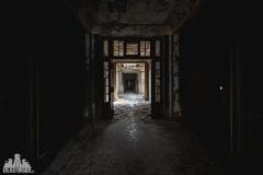 deadinside, urbex, dead inside, natalia sobanska, abandoned france, bureau central, opuszczone miejsca, urbex (1 of 45)