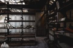 deadinside, urbex, dead inside, natalia sobanska, abandoned france, bureau central, opuszczone miejsca, urbex (14 of 45)