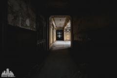 deadinside, urbex, dead inside, natalia sobanska, abandoned france, bureau central, opuszczone miejsca, urbex (18 of 45)