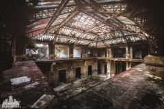 deadinside, urbex, dead inside, natalia sobanska, abandoned france, bureau central, opuszczone miejsca, urbex (25 of 45)