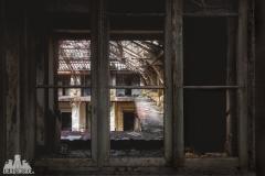 deadinside, urbex, dead inside, natalia sobanska, abandoned france, bureau central, opuszczone miejsca, urbex (26 of 45)