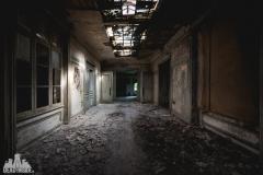 deadinside, urbex, dead inside, natalia sobanska, abandoned france, bureau central, opuszczone miejsca, urbex (27 of 45)