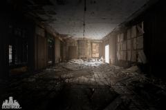 deadinside, urbex, dead inside, natalia sobanska, abandoned france, bureau central, opuszczone miejsca, urbex (35 of 45)