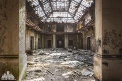 deadinside, urbex, dead inside, natalia sobanska, abandoned france, bureau central, opuszczone miejsca, urbex (39 of 45)