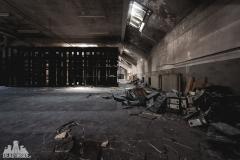 deadinside, urbex, dead inside, natalia sobanska, abandoned france, bureau central, opuszczone miejsca, urbex (6 of 45)