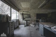deadinside-urbex-dead-inside-natalia-sobanska-abandoned-abandoned-office-building-Ikeshima-island-Japan-Haikyo-14-of-60