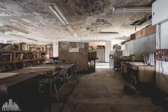 deadinside-urbex-dead-inside-natalia-sobanska-abandoned-abandoned-office-building-Ikeshima-island-Japan-Haikyo-19-of-60