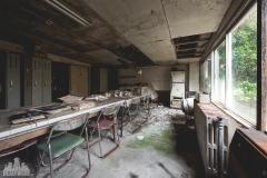 deadinside-urbex-dead-inside-natalia-sobanska-abandoned-abandoned-office-building-Ikeshima-island-Japan-Haikyo-24-of-60