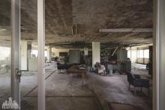 deadinside-urbex-dead-inside-natalia-sobanska-abandoned-abandoned-office-building-Ikeshima-island-Japan-Haikyo-5-of-60