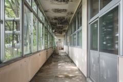 deadinside-urbex-dead-inside-natalia-sobanska-abandoned-abandoned-office-building-Ikeshima-island-Japan-Haikyo-52-of-60
