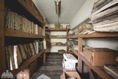 deadinside-urbex-dead-inside-natalia-sobanska-abandoned-abandoned-office-building-Ikeshima-island-Japan-Haikyo-57-of-60