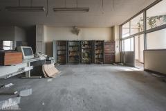 deadinside-urbex-dead-inside-natalia-sobanska-abandoned-abandoned-office-building-Ikeshima-island-Japan-Haikyo-58-of-60