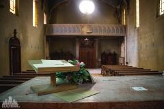 deadinside-urbex-dead-inside-natalia-sobanska-abandonedblue-christ-church-Italy-7-of-7