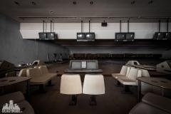 deadinside, urbex, dead inside, natalia sobanska, abandoned, abandoned bowling, abandoned Japan, Haikyo (6 of 15)
