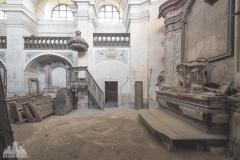 deadinside-urbex-dead-inside-natalia-sobanska-abandoned-abandoned-church-chapel-Branka-Czech-Republic-16-of-18