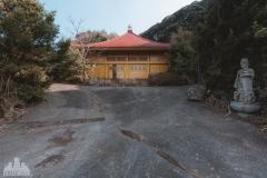 deadinside-urbex-dead-inside-natalia-sobanska-abandoned-abandoned-temple-budda-temple-Japan-Haikyo-ruins-15-of-19