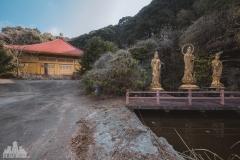 deadinside-urbex-dead-inside-natalia-sobanska-abandoned-abandoned-temple-budda-temple-Japan-Haikyo-ruins-16-of-19