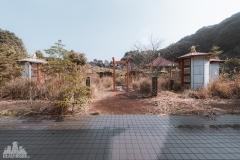 deadinside-urbex-dead-inside-natalia-sobanska-abandoned-abandoned-temple-budda-temple-Japan-Haikyo-ruins-2-of-19