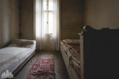 deadinside-urbex-dead-inside-natalia-sobanska-abandoned-abandoned-chatou-morfine-Austria-2-of-16