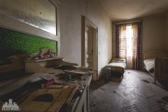 deadinside-urbex-dead-inside-natalia-sobanska-abandoned-abandoned-chatou-morfine-Austria-3-of-16