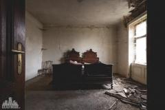 deadinside-urbex-dead-inside-natalia-sobanska-abandoned-abandoned-chatou-morfine-Austria-5-of-16