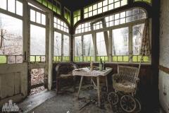 deadinside-urbex-dead-inside-natalia-sobanska-abandoned-abandoned-chatou-morfine-Austria-7-of-16