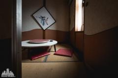 deadinside, urbex, dead inside, natalia sobanska, abandoned, abandoned chinese restaurant, abandoned Japan, Haikyo (7 of 11)