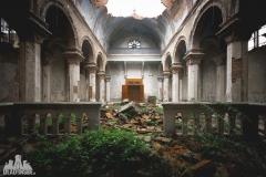 urbex-abandoned-places-deadinside-urbex-dead-inside-natalia-sobanska-opuszczone-miejsca-church-of-mood-abandoned-church-in-Italy-italia-abandonata-7
