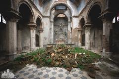 urbex-abandoned-places-deadinside-urbex-dead-inside-natalia-sobanska-opuszczone-miejsca-church-of-mood-abandoned-church-in-Italy-italia-abandonata