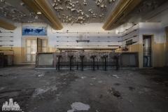 deadinside, urbex, dead inside, natalia sobanska, abandoned, abandoned theater portugal, cinema extravaganza (4 of 9)