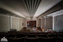 deadinside, urbex, dead inside, natalia sobanska, abandoned, abandoned theater portugal, cinema extravaganza (8 of 9)