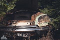 deadinside-urbex-dead-inside-natalia-sobanska-abandoned-car-graveyard-citroen-DS-France-22-of-45