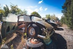 deadinside-urbex-dead-inside-natalia-sobanska-abandoned-car-graveyard-citroen-DS-France-35-of-45
