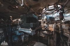 deadinside-urbex-dead-inside-natalia-sobanska-abandoned-abandoned-military-graveyard-Belgium-lost-tanks-abandoned-tank-4-of-17