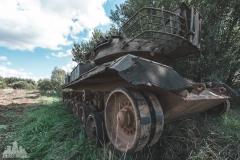 deadinside-urbex-dead-inside-natalia-sobanska-abandoned-abandoned-military-graveyard-Belgium-lost-tanks-abandoned-tank-5-of-17