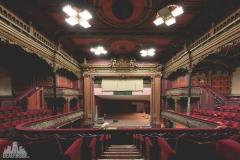 deadinside-urbex-dead-inside-natalia-sobanska-abandoned-abandoned-theater-England-6-of-9