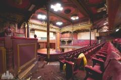 deadinside-urbex-dead-inside-natalia-sobanska-abandoned-abandoned-theater-England-7-of-9