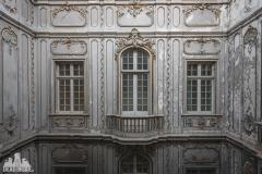 deadinside, urbex, dead inside, natalia sobanska, abandoned, abandone, abandoned palace, Portugal, dictator Palace (1 of 7)