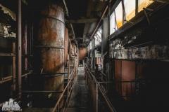 deadinside, urbex, dead inside, natalia sobanska, abandoned factory, Fabryka łąćzników, radomskie łączniki, opuszczone (1 of 29)