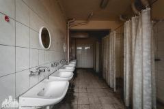 deadinside, urbex, dead inside, natalia sobanska, abandoned factory, Fabryka łąćzników, radomskie łączniki, opuszczone, (19 of 36)