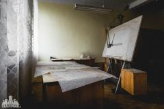 deadinside, urbex, dead inside, natalia sobanska, abandoned factory, Fabryka łąćzników, radomskie łączniki, opuszczone, (21 of 36)