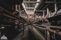 deadinside, urbex, dead inside, natalia sobanska, abandoned factory, Fabryka łąćzników, radomskie łączniki, opuszczone (24 of 29)