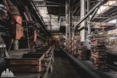 deadinside, urbex, dead inside, natalia sobanska, abandoned factory, Fabryka łąćzników, radomskie łączniki, opuszczone (25 of 29)