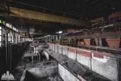 deadinside, urbex, dead inside, natalia sobanska, abandoned factory, Fabryka łąćzników, radomskie łączniki, opuszczone (7 of 29)